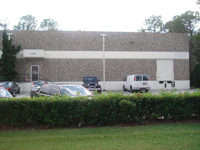 2442 Viscount Row, Orlando, FL 32809 - Max King Realty